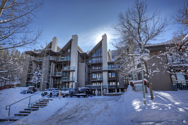 Aspen Fifth Avenue Condos  9